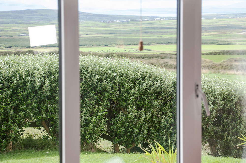 Hilltop B&B Accommodation - deluxe room view
