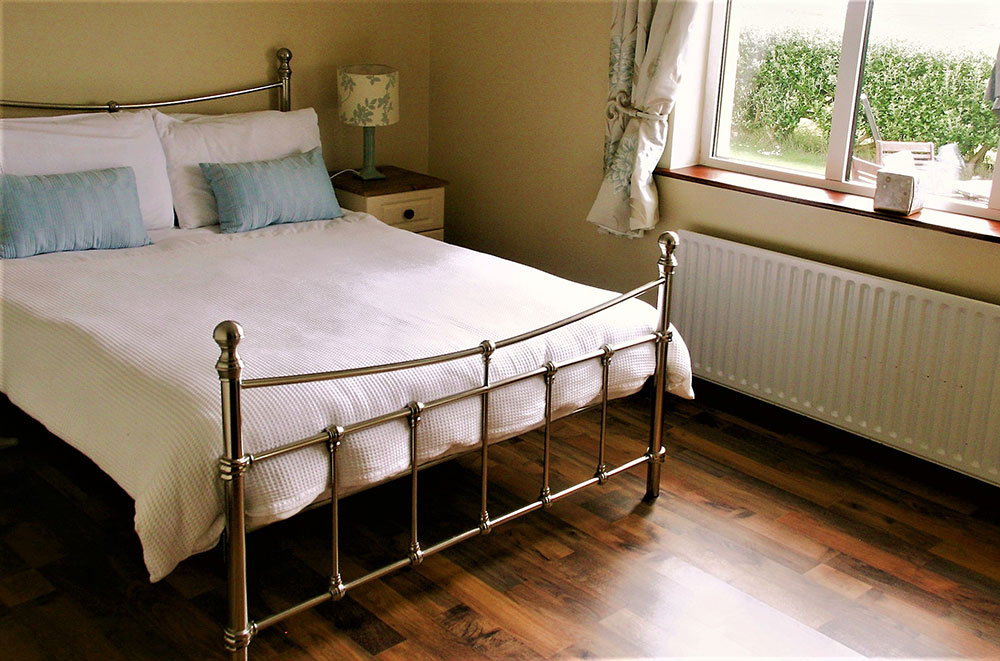 Hilltop B&B Accommodation - deluxe room
