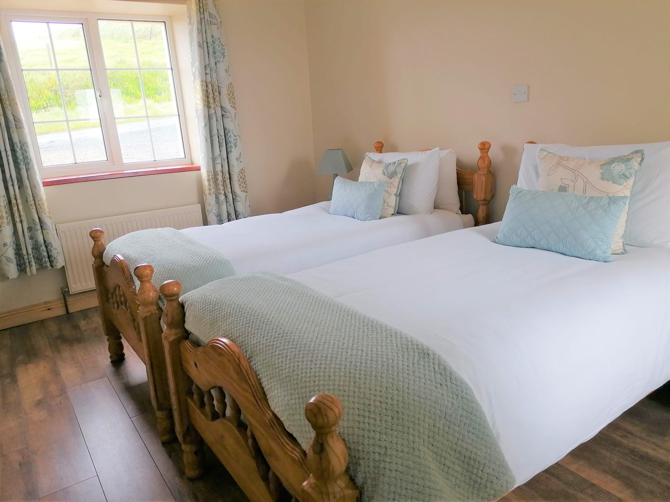 Hilltop Cottage Twin Room
